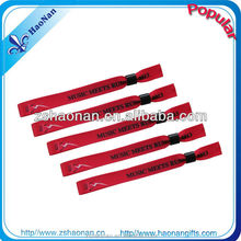 factory directly selling customized color of beautiful wristbands thick