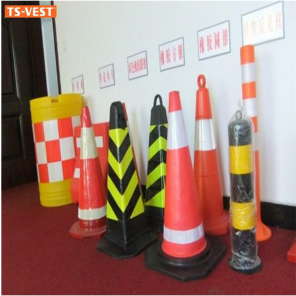 Durable Protable Traffic Safety Barrier Plastic Road Block