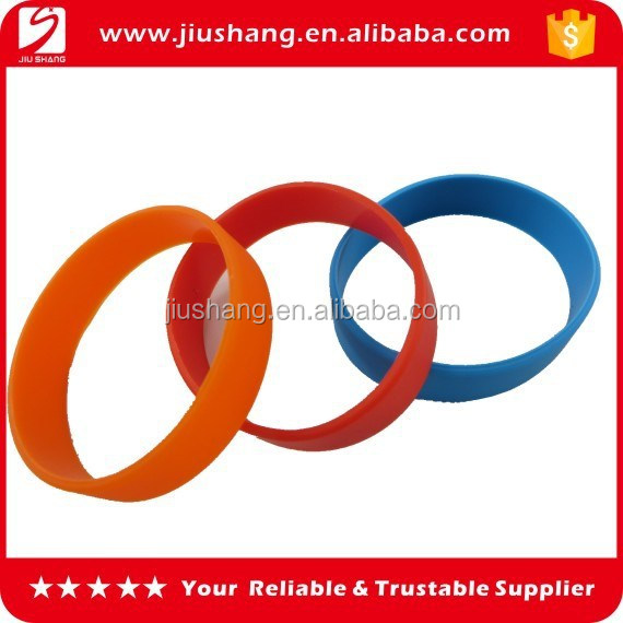 Small size silicone wrist band