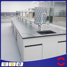 engineers and approved, fully trained sub-contractors cleanroom build