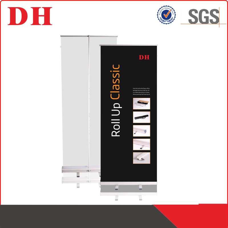 China manufacturer hanging roll up banner display size