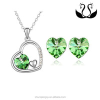 Beautiful Wedding Cubic Zirconia Green Crystal
