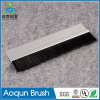 New design dust control brush sweeping seals use for door bot