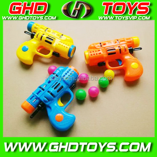 New design cheap popular plastic ball shooting gun, pingpong gun toy can load candy, sport toy