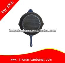 cooking cast iron frying pan