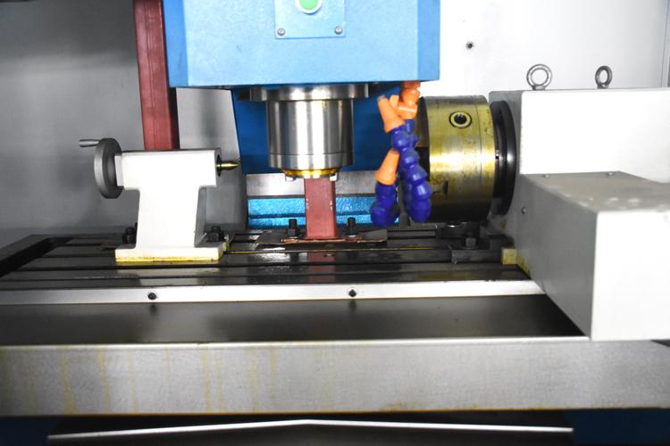 Low Cost xk7136 cnc milling machine  China