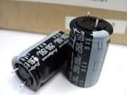 Capacitors 820UF 35V BXA series 0.5% 1% 5% tolerance SMD DIP aluminum electrolytic capacitor