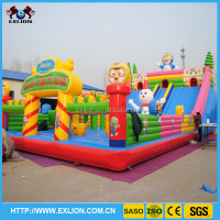 Christmas exciting kids games jumping castles inflatable slide