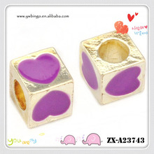 Square purple heart-shaped beads painted, lovely 4.0mm hole ZX-A23743
