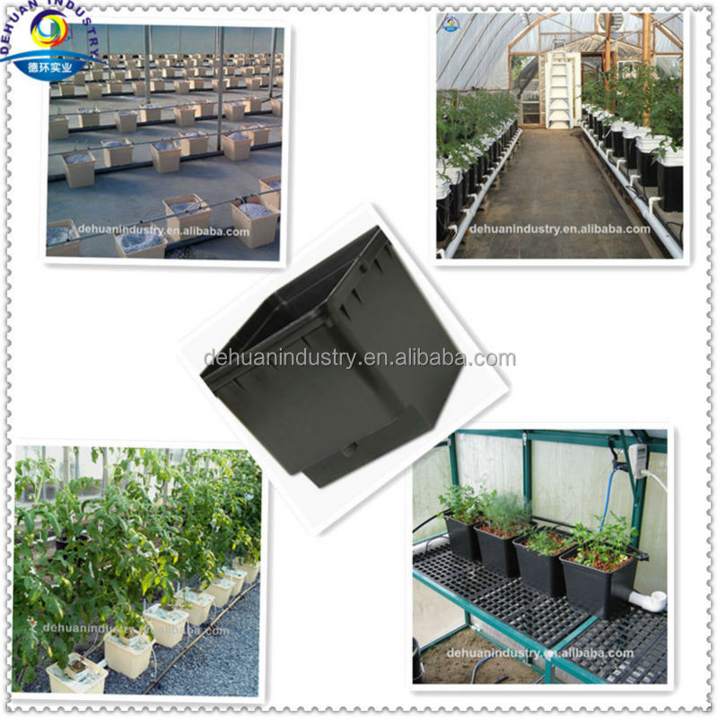 Indoor Plant Pots In Hydroponic Irrigation System