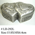 Nice Double-heart Metal Necklace Box