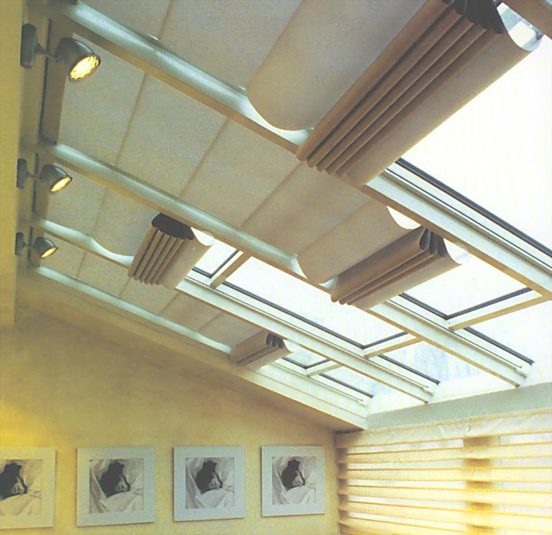 Fcs skylight blinds skylight retractable blinds skylight for Motorized blinds for skylights