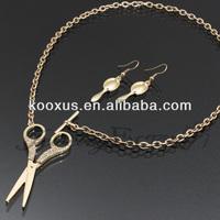 Rhinestone Scissors Toggle Link Necklace Set jewelry