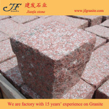 Garden Path Used Imperial Red Granite Cubic Stone