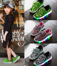 Super Cheap Children LED Flashing Shoes Light Up LED Shoe