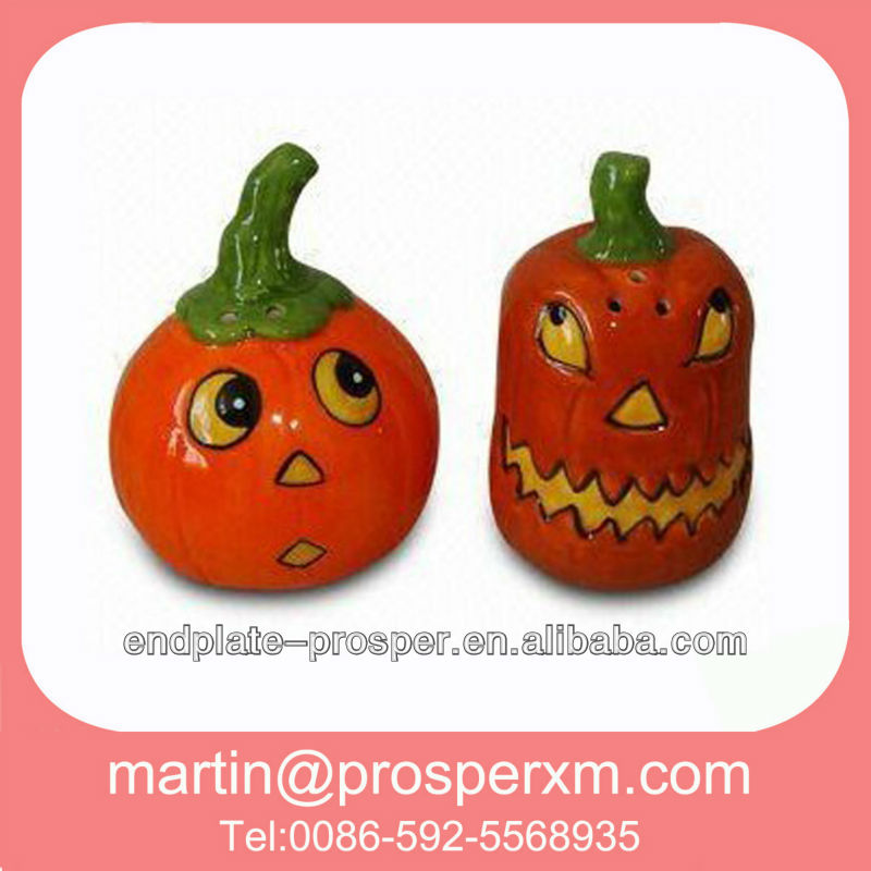 Ceramic salt and pepper shaker halloween pumpkin decorations