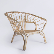 Modern outdoor beach flower wicker rattan peacock chair