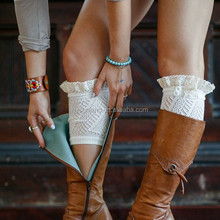 W-472 cheap cute customized buttons lace trim boot cuffs for fashion girl yoga socks
