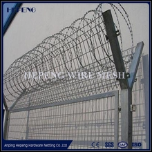 450mm coil diameter concertina electric galvanized / hot-dipped galvanized razor barbed wire