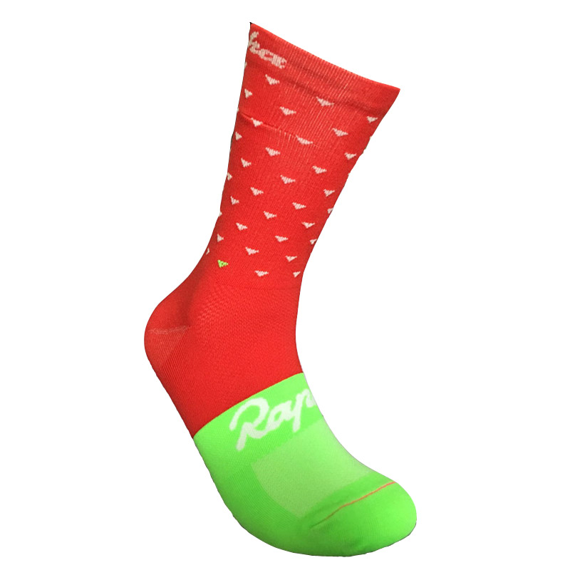 customized men sports socks knee-high quality nylon quick drying socks running climbing outdoor bicycle wearing elasticity