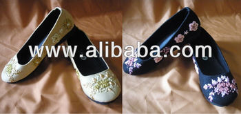 Ribbon Embroidery Flat Shoes
