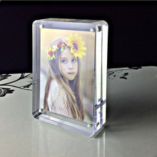 clear acrylic magnetic funia photo frames / picture frame