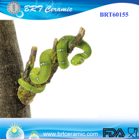 Custom design resin snake tree hanger figurine for garden decor