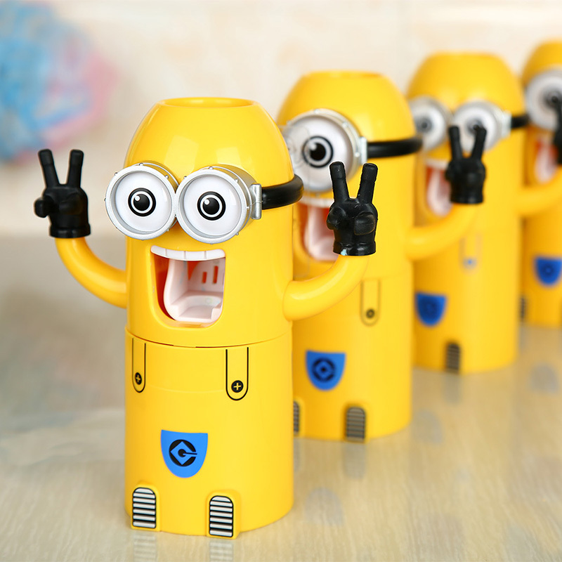 Family wash kit minions auto toothpaste squeezer mouth wash dispenser