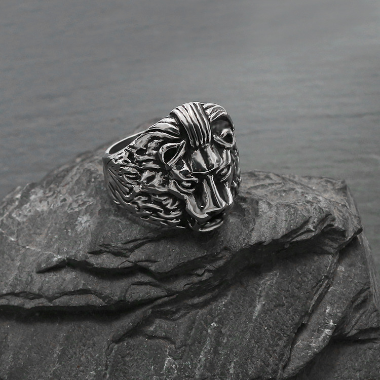 European and American fashion jewelry, lion casting titanium steel ring, domineering animals act the role ofing is tasted YSS740