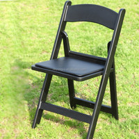 PP White resin folding chairs events with pad
