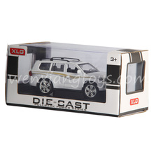 1:24 White Alloy Scale Diecast Model Car