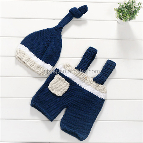 navy blue hat and pants hand knitting infant photography props