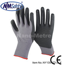 NMSAFETY 15g nylon&spandex liner dipped micro foam nitrile work glove with pvc dots