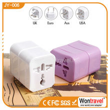 Protable Universal adapter AC/DC socket 3 Pieces plug use for more 150 countries International mini travel charger