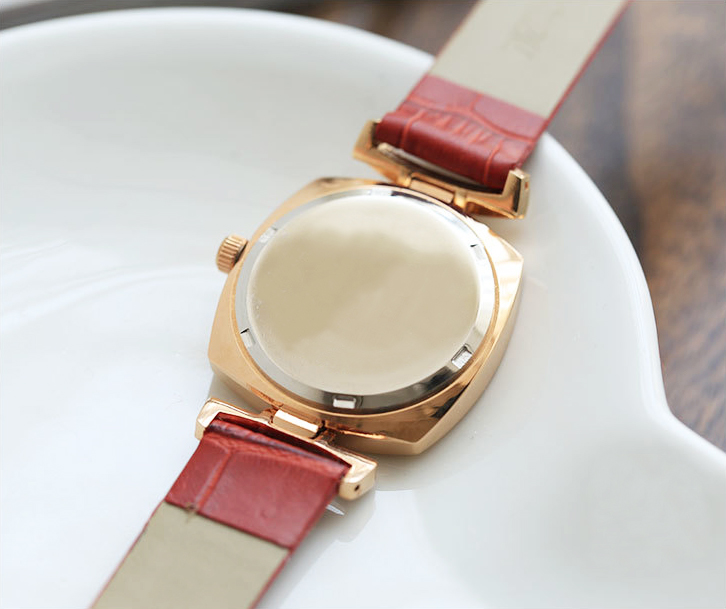 2015 fashion jewelry women watch charm wathches vintage genuine leather watches ladies
