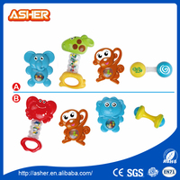 2016 lovely cartoon natural rubber rattle baby toys twins