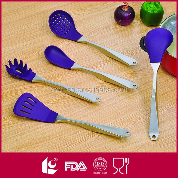 Yangjiang Wholesale FDA LFGB Approved Nylon Kitchen Utensils List