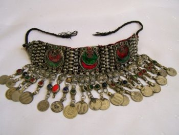 www.kuchijewellery.com , tribe jewellery belly dance belt,chokers, antiques,wholesale