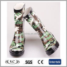 Casual soft new design camo rubber gum boots for kids