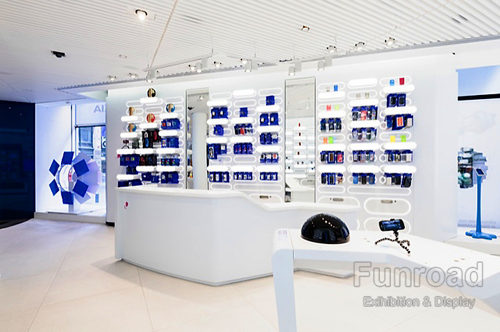 Lumia Phone Experience Shop Illuminated Wall Display Counter, View ...