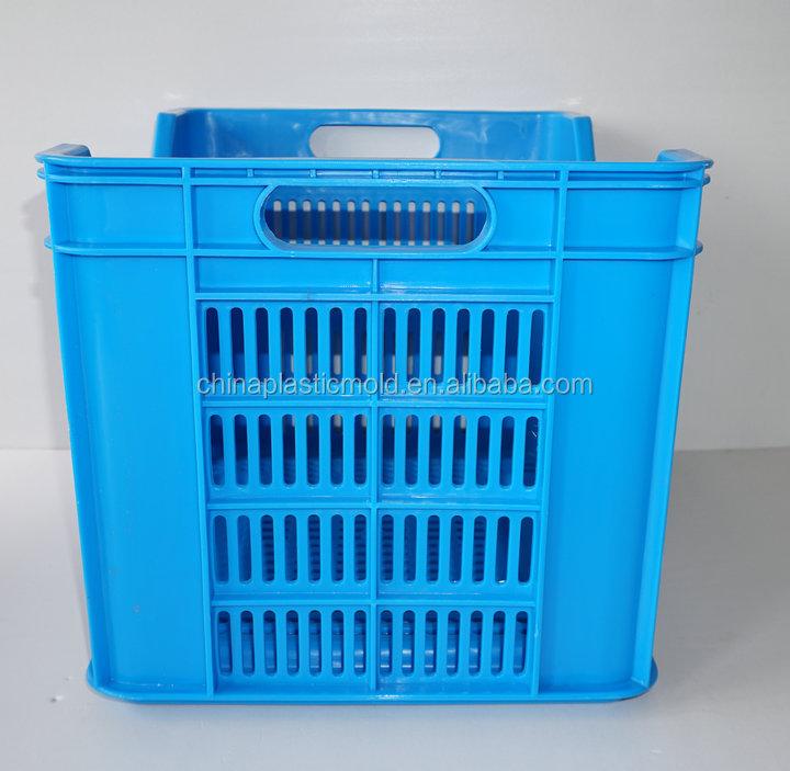 grande pile capacit caisses en plastique utilis pour le stockage et le transport de frais. Black Bedroom Furniture Sets. Home Design Ideas