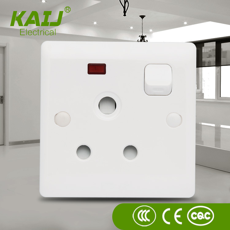 China manufacture PC material 15A 250V electrical single gang 3 pole switched socket