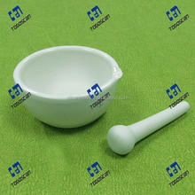 Hot sale Laboratory Porcelainware Mortars With Spout,Pestle,Glazed