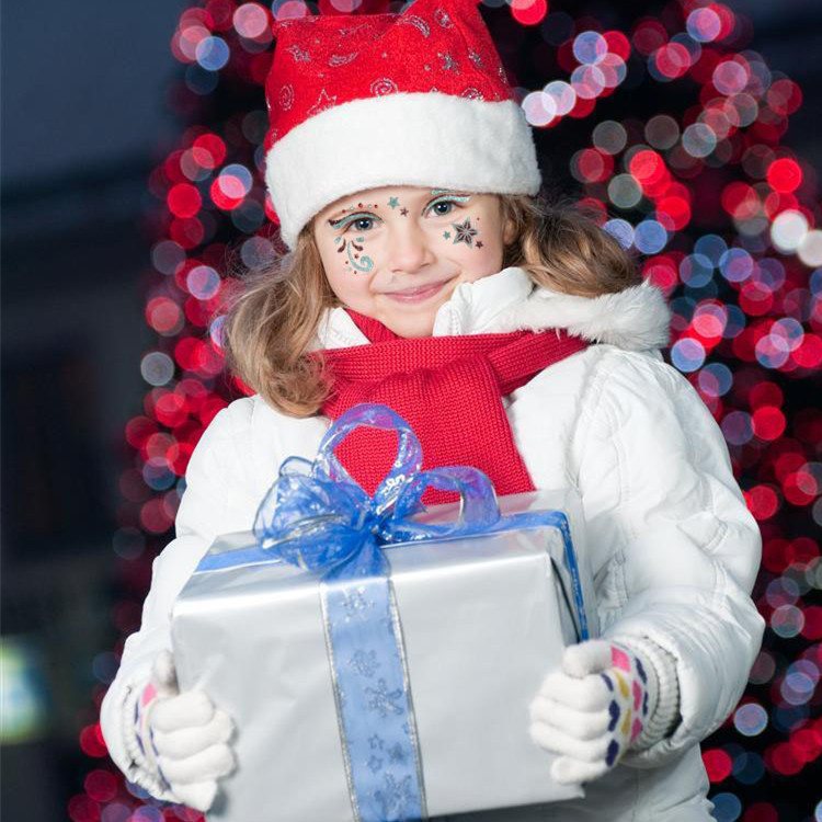 Помощники деда мороза с подарками 377