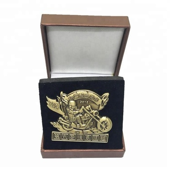 Customize 3D antique bronze commemorative badges for motor club