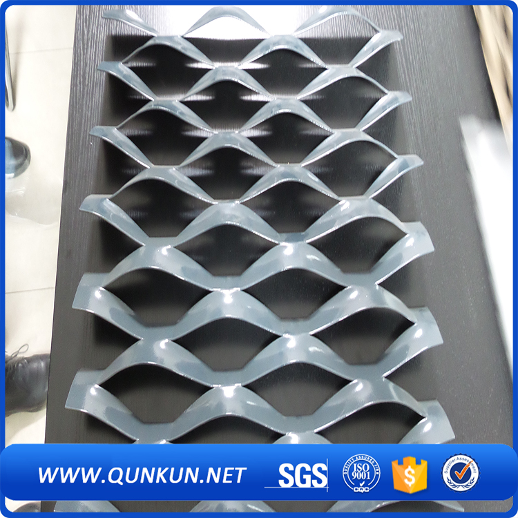 galvanized expanded gothic mesh