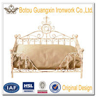 Wrought iron Pet Products Antique White Metal Dog Bed