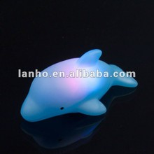 New 2014 LED Flashing Dolphin Light Bulb Colorful Decor Lamp Bath Toy For Baby Child Kids