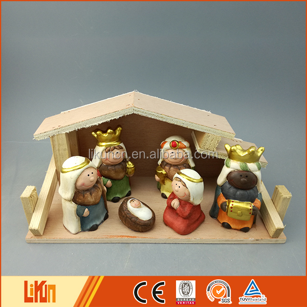 Best selling indoor christmas decoration pottery nativity three kings figure