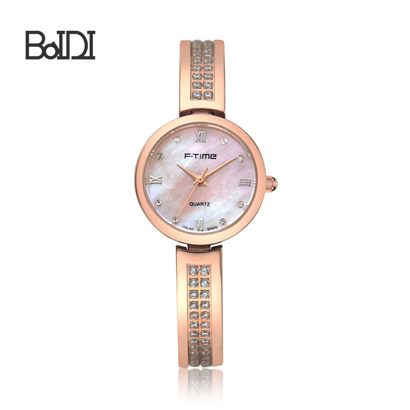 Women Crystal Vogue Watch China Wholesale Luxury Lady Watch
